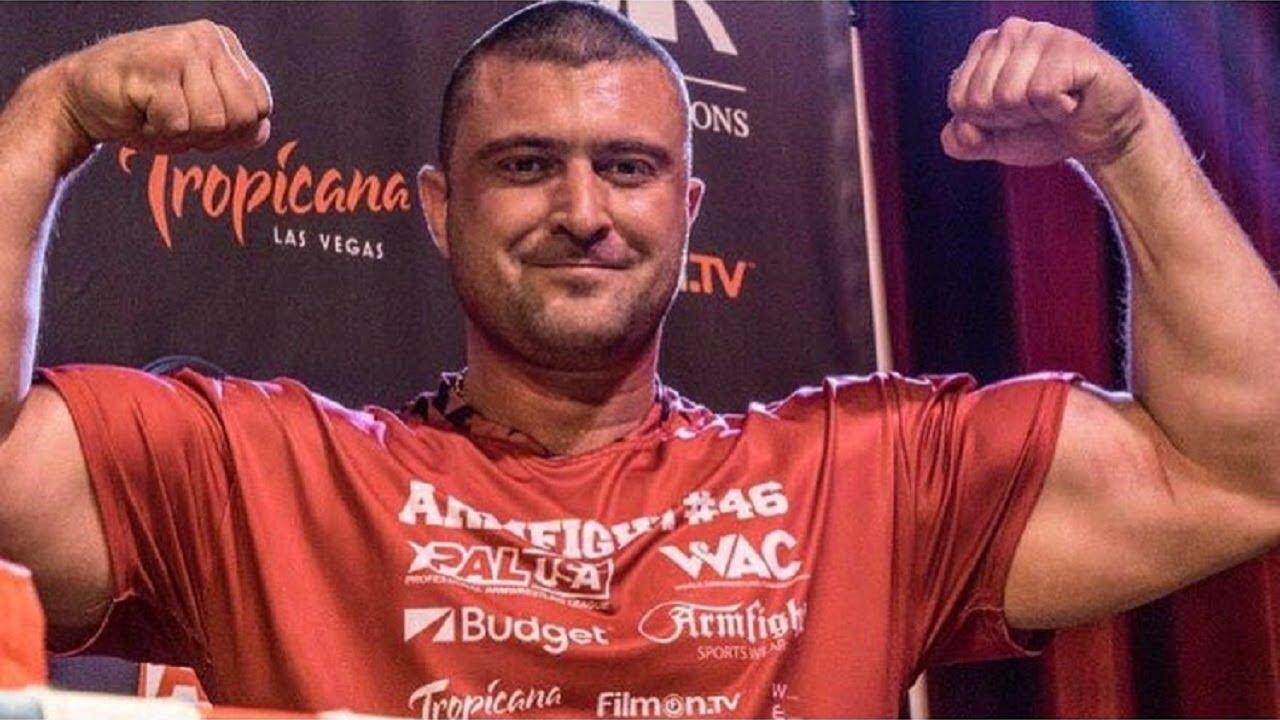 На прощание с Андреем Пушкарем пришли сотни людей: видео с похорон чемпиона