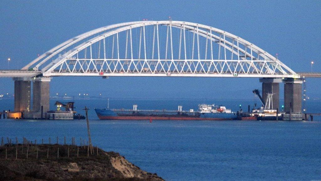 Война возле Керченского пролива: полный список захваченных Россией украинских моряков