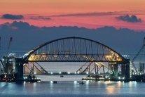 Українська влада розповіла, як спостерігає за руйнуванням путінського моста у Крим