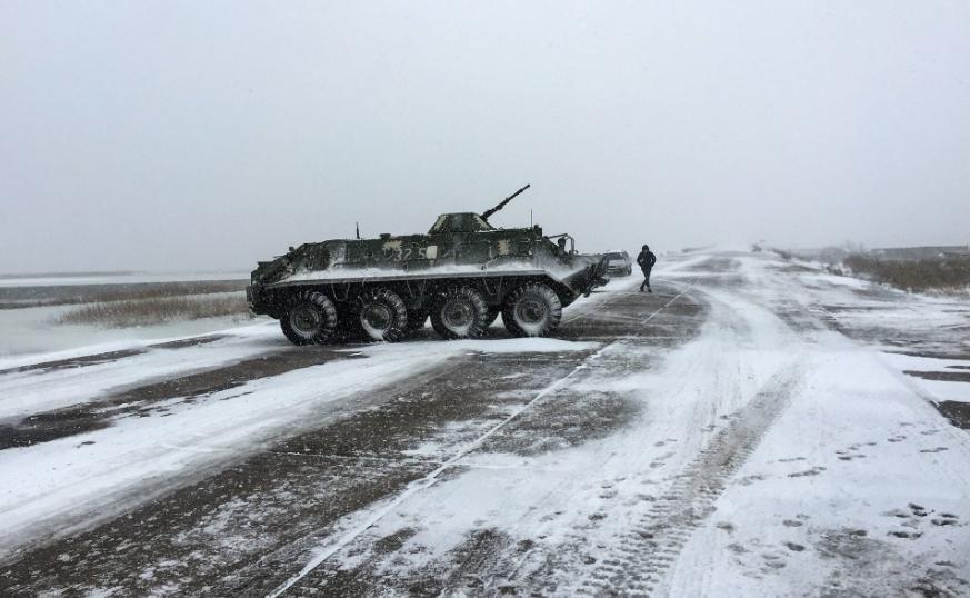 Воєнний стан в Україні: ЗСУ відправляють бійців до Арабатської стрілки