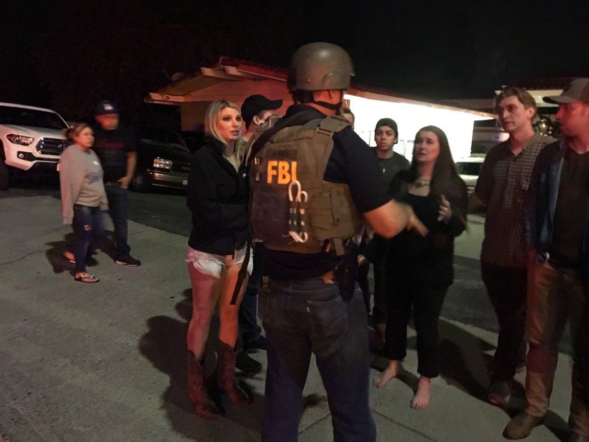 Бойня в Калифорнии: что творилось в баре в момент стрельбы, уникальные кадры