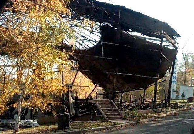 В Донецке вспыхнул масштабный пожар: что сгорело