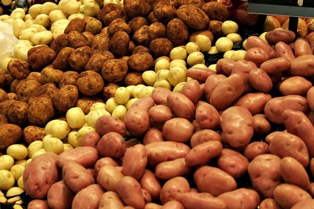 """Ціни на картоплю в Криму стали """"космічними"""": що відбувається на окупованому півострові"""