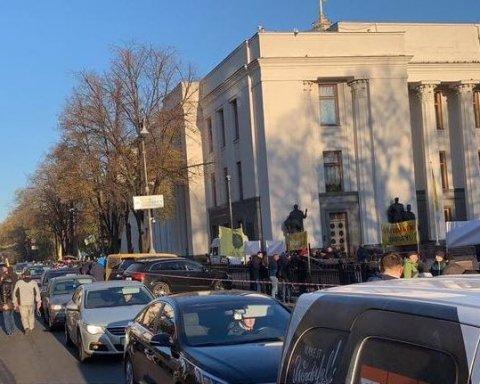 Владельцы авто на «евробляхах» прекратили бунт: появилось видео