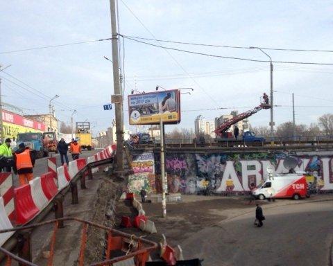В Киеве «передумали» сносить опасный Шулявский мост
