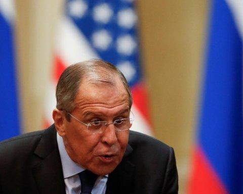 Призведе до наслідків: Росія відкрито погрожує Україні після захоплення катерів в Азовському морі