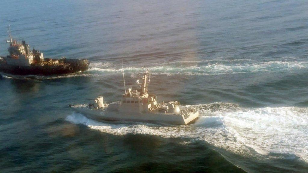 Оккупанты готовятся вынести приговор плененным морякам: что происходит у здания суда