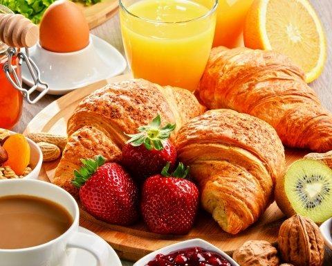 Завтрак, из-за которого вы будете толстеть: названа самая опасная еда