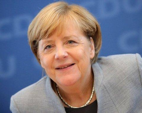 Меркель у Києві заговорила українською мовою: з'явилося відео