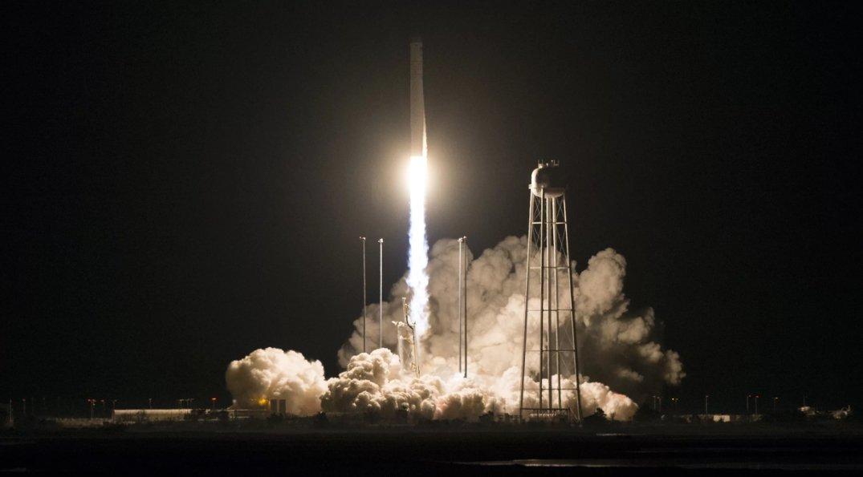 NASA запустило ракету, созданную с участием Украины: потрясающее видео