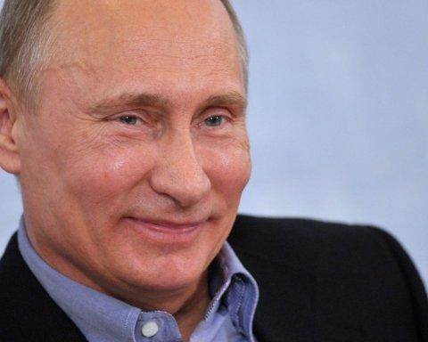 З Путіна познущалися в пародії до Нового року: смішне відео