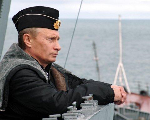 Путін вперше прокоментував введення воєнного стану в Україні