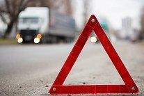 Автівка згоріла вщент: опубліковано відео жахливої аварії на трасі Київ – Харків