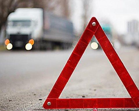 Украинские автобусы попали в смертельное ДТП в Европе, погибли люди