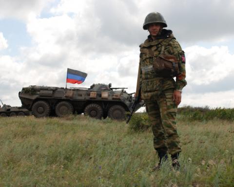 """У Донецьку зізналися, хто все контролює на """"виборах"""" ватажка """"ДНР"""""""