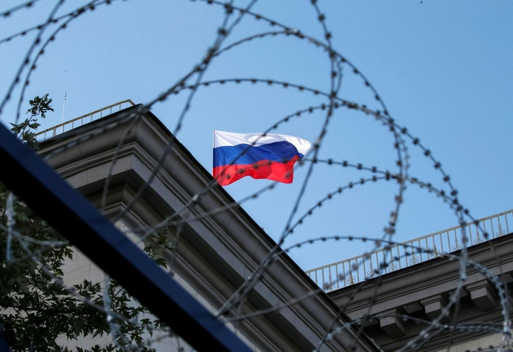 Ще 3 європейські країни висилають російських дипломатів: подробиці