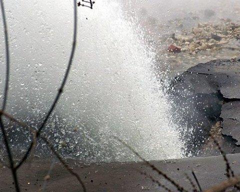 Центр Києва знову залило окропом: з'явилося вражаюче відео