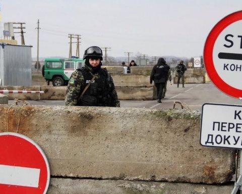 Запрет въезда россиянам в Украину: Порошенко дал четкий ответ