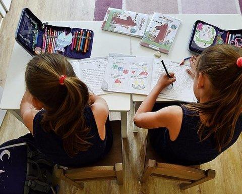 Российских школьников начали готовить к войне: родители шокированы