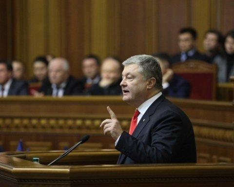 Военное положение: по кому ударил Порошенко и что будет на Донбассе