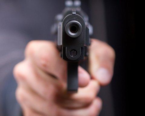 У Запоріжжі стріляли у активіста: з'явилися важливі деталі нападу
