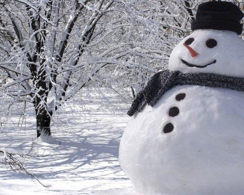 Чи можна їсти сніг: вчені дали однозначну відповідь