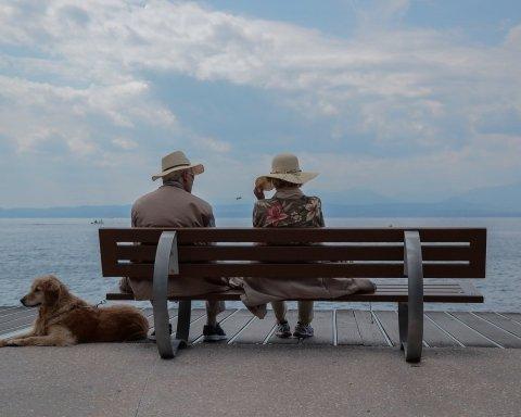 Вчені з'ясували, чому жінки живуть довше, ніж чоловіки