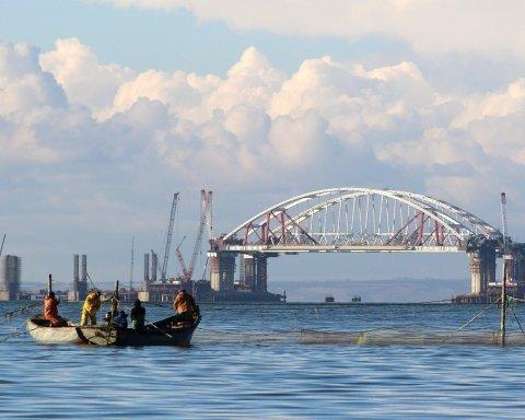 Біля Керченської протоки сталося кілька серйозних зіткнень і аварій кораблів
