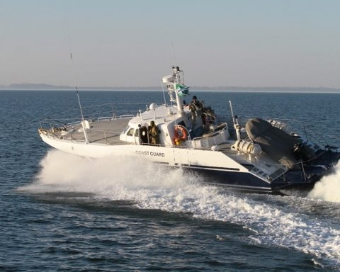 Стало відомо, куди зникли захоплені Росією українські кораблі