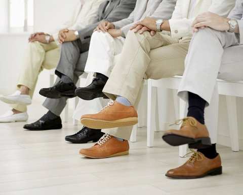 Супрун дозволила українцям сидіти «нога на ногу», але не всім: у чому причина