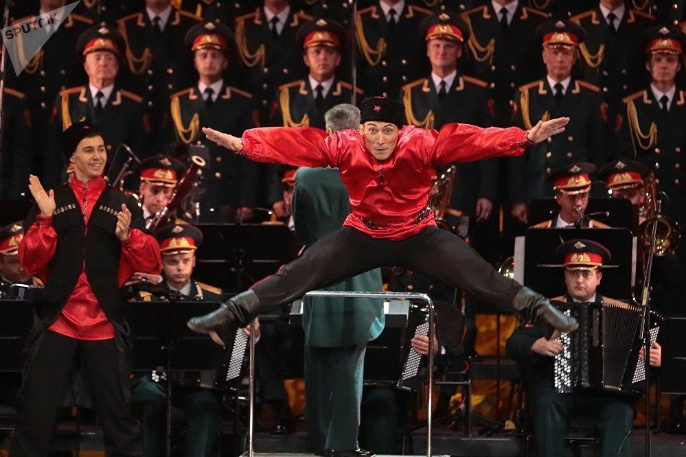 «Руки прочь отУкраины»: вПольше сорвали концерт ансамбля армииРФ