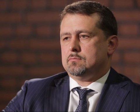 СБУ нашла российское гражданство жены замруководителя Службы внешней разведки Семочко