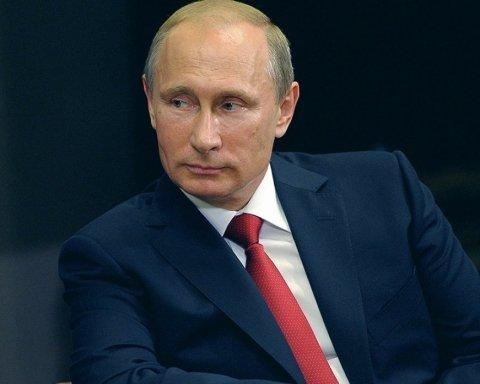Путин устроил показуху на похоронах известной правозащитницы: видео вызвало ярость