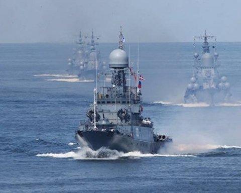 РФ стягивает корабли к Азовскому морю: в Генштабе объяснили опасность ситуации