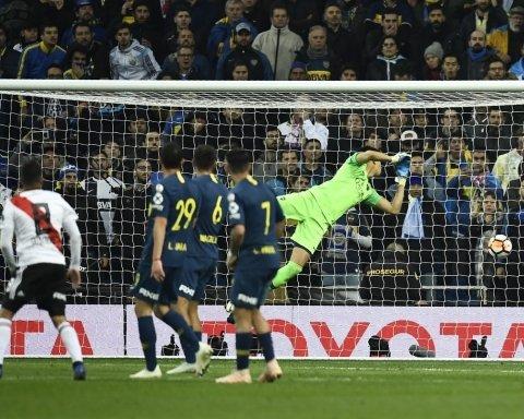 Ривер Плейт победил в историческом и скандальном финале Кубка Либертадорес: видео ярких голов матча