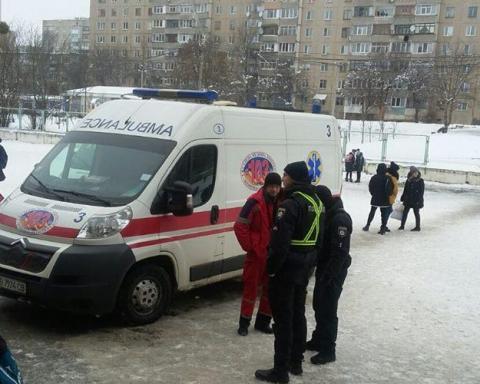 В школе Виннице произошло ЧП, пострадали дети: фото и видео