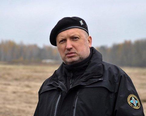 Не можна зволікати: Турчинов заявив про новий прохід українських кораблів через Керченську протоку