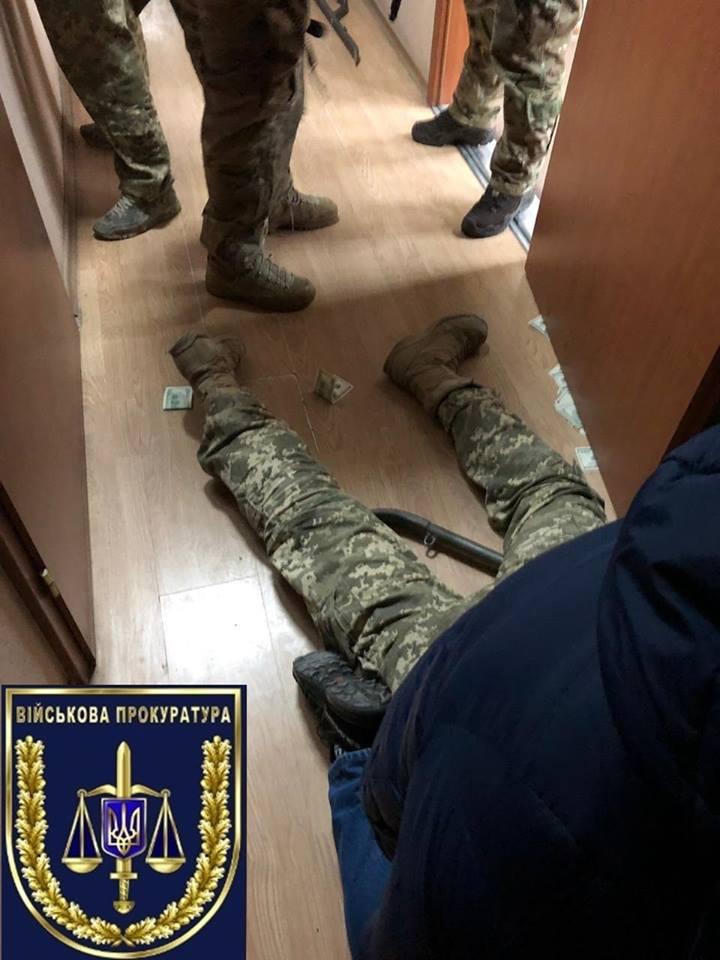 Мобилизация в Украине: одесский военком за взятки «отмазывал» призывников