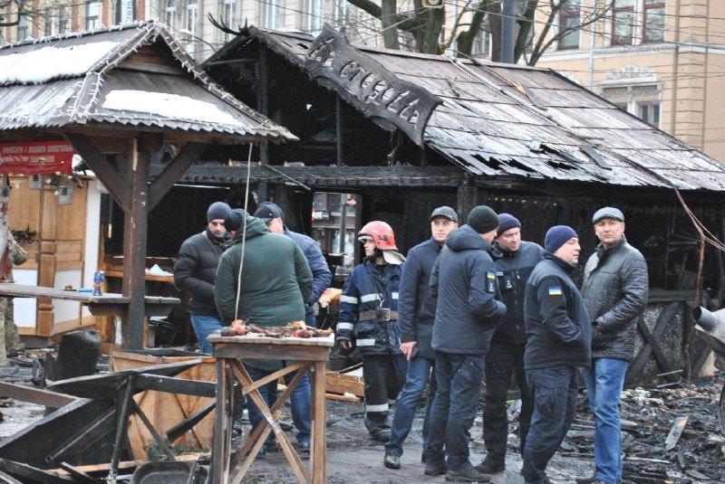 Взрыв на ярмарке в Львове: появились новые фото и подробности