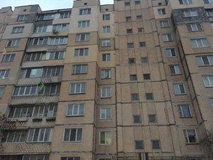 Целый район Киева остался без света: жители опубликовали фото