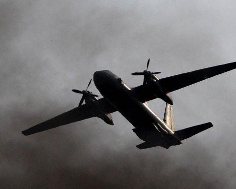 В России снова загорелся самолет: фото, видео и первые подробности