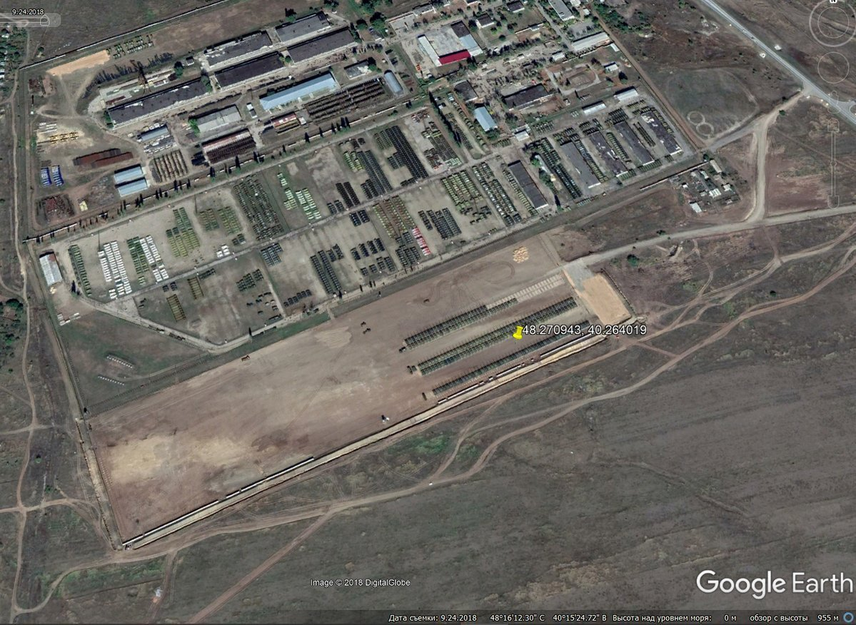 Россия масштабно стянула танки к границе с Украиной: опубликованы фото с высоты