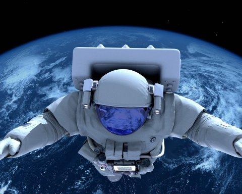 Відчути невагомість: озвучені дата та ціна першого туристичного польоту в космос