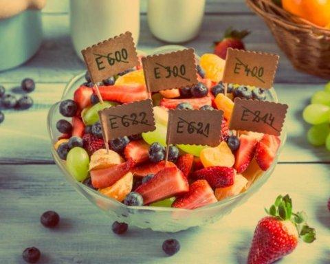 Провокує порушення в мозку: виявлено смертельну небезпеку популярної харчової добавки