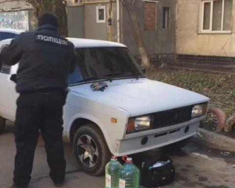 Пытался «замести» следы, но сам стал жертвой: мужчина выпал из окна после чудовищного убийства