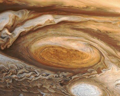 Юпитер завораживает: в NASA показали новый снимок газового гиганта