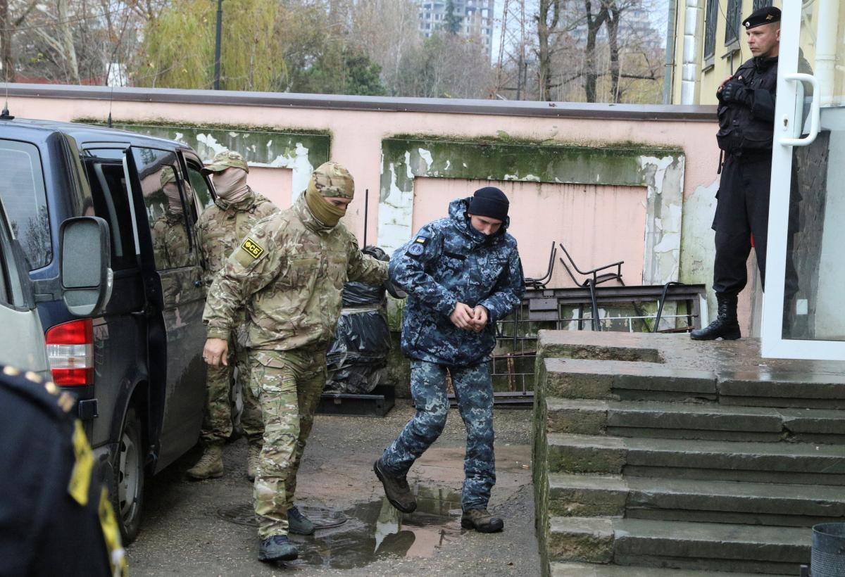 Захоплення українських катерів: у Кремлі вперше відреагували на обмін моряків