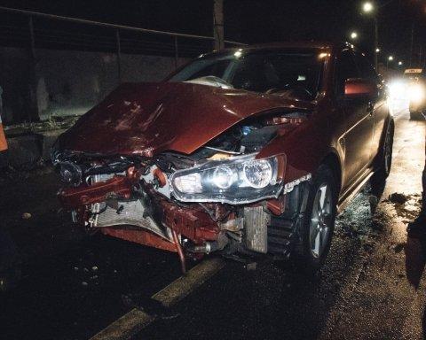 Пьяный именинник устроил серьезное ДТП в Киеве: подробности и кадры с места аварии