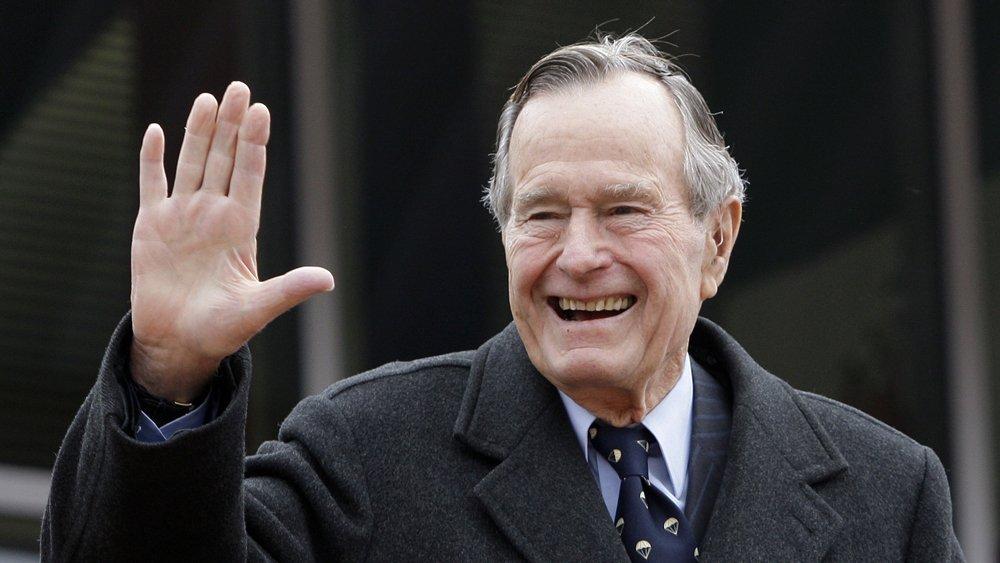 Умер Джордж Буш-старший: чем прославился 41-й президент США