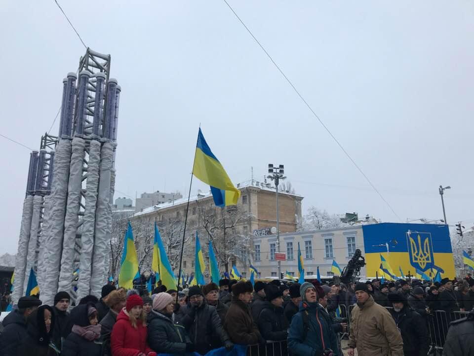 Об'єднавчий собор: на Софійській площі у Києві зібрались тисячі людей